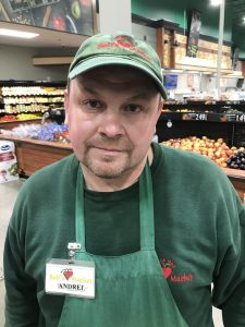 supermarket employee 3